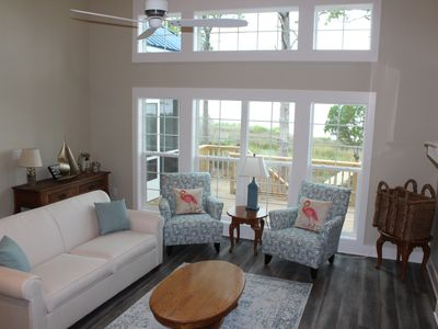 Photo for Bayfront home with 4 bedrooms, private dock and amazing views!