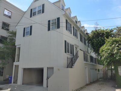 Downtown Gem in Charleston's Historic District