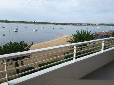 Photo for Apartment direct view of the Bay of Arcachon