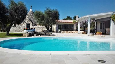 Trulli Stella with private pool and outdoor kitchen