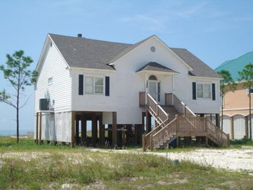 4BR Beachfront Home on Dauphin Island's East End