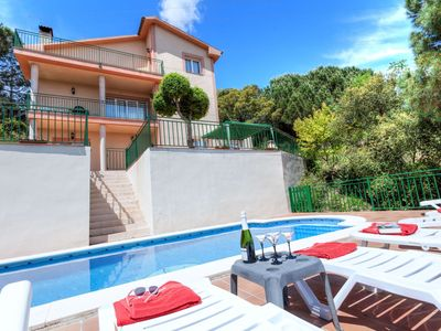 Photo for This 4-bedroom villa for up to 10 guests is located in Lloret De Mar and has a private swimming pool