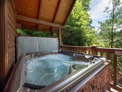 Photo for Big Sky Cabin, 2 Bedrooms, Sleeps 8, Hot Tub, Pool Access, Pool Table