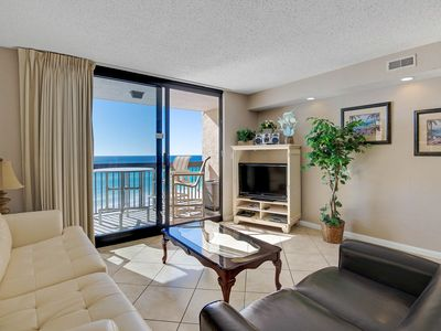Photo for Beachfront condo w/private balcony & resort hot tub & pools - snowbirds welcome!