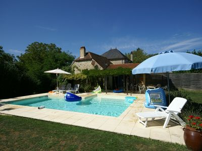 Photo for Cosy authentic holiday home with private swimming pool and garden in Southern France