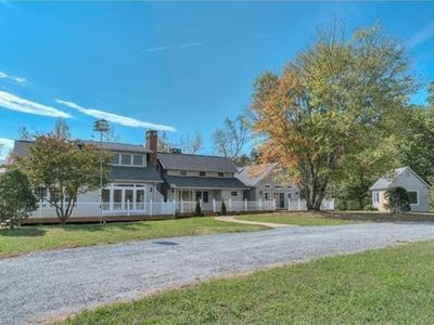 Photo for Luxury Living in Horse Country Near Tryon International Equestrian Center (TIEC)