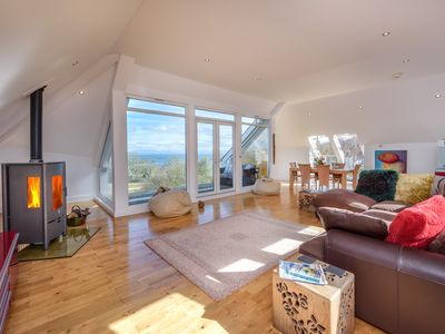 Photo for This luxury coastal retreat boasts a desirable location close to Abersoch beach and Abersoch Golf Cl