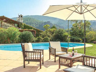 Photo for Traditional villa with private pool, outdoor dining and free Wi-Fi
