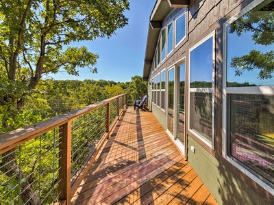 Photo for 'Queen's Perch' Lake Texoma Home w/Fire Pit & Deck