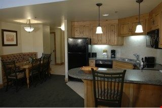 Photo for 1 Bedroom Ski Retreat with Pool & Spa Onsite!