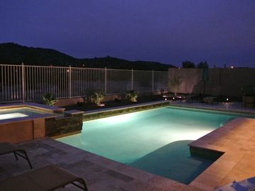 UPSCALE EXECUTIVE RESORT STYLE HOME! HEATED POOL,SPA,MOUNTAIN AND GOLF VIEWS!!