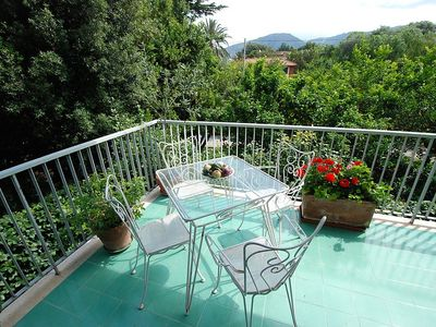 Photo for Apartment 30 m from the center of Sorrento with Parking, Internet, Washing machine, Balcony (127191)
