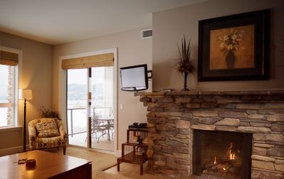 Photo for Seasons at Sandpoint - Beautiful Lakefront Condo - Pool, Hot Tub, Marina