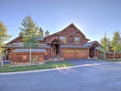 Photo for LUXURIOUS 1,400 SQFT TOWN HOME, SKI-IN, WALK TO GONDOLA AND MAIN ST BRECKENRIDGE