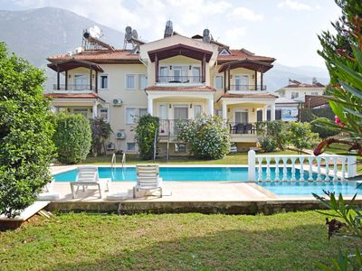 Photo for Fully furnished and well equipped 2 bedroom apartment, with 2 shared bathrooms.