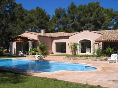 Photo for Superb French villa with private pool near St Tropez, minutes from the beach