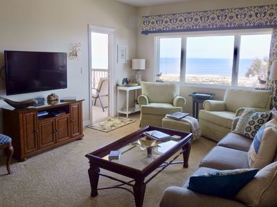 BEAUTIFUL SEASCAPE FROM THE LIVING ROOM PICTURE WINDOW OVERLOOKING THE BEACH
