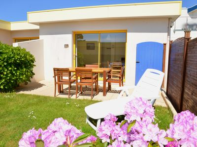 Photo for Villa with shared pool and beach at 100m Le Conquet