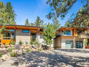 Brand new Mid Century Luxury Home; Westside; Walk Everywhere