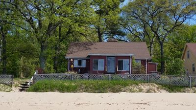 Photo for CASEVILLE  LAKEFRONT  COTTAGE   Sleeps 6    75ft  Private Sugar Sand Beach