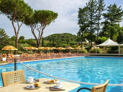 Photo for Apartment Il Pelagone Hotel & Golf Resort  in Gavorrano (GR), Maremma - 6 persons, 2 bedrooms