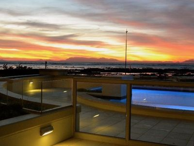 Photo for 2BR Condo Vacation Rental in Cape Town, WC