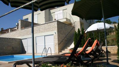 Photo for Holiday house with pool and fantastic view to the sea