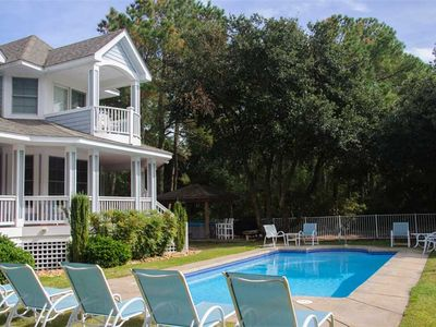 Photo for Ann-Ticipation: 5 BR / 5 BA house in Corolla, Sleeps 12
