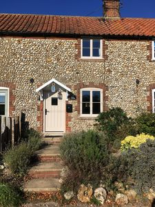 Photo for Lovely Cottage - Holiday let close to Burnham Market & the North Norfolk coast.