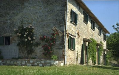 Photo for Villa Ciranda C: A welcoming apartment built on a hillside, surrounded by meadows and woods, with Free WI-FI.