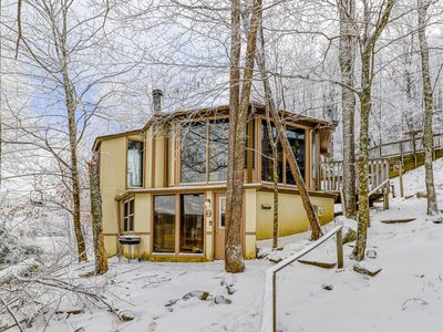 Photo for Cozy home with a fireplace just feet away from the slopes