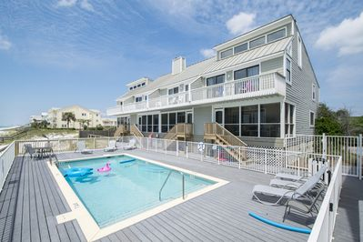 Dune I Townhomes- Gulf Front with pool