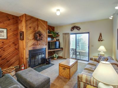 Photo for Welcoming condo features walk to slope access & seasonal pool - dogs OK!