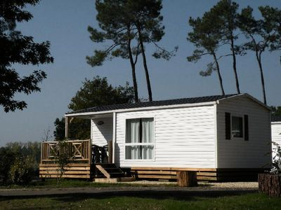 Photo for Camping les Rives du lac **** - Comfort Cottage Lake Side 3 Rooms 4/5 People