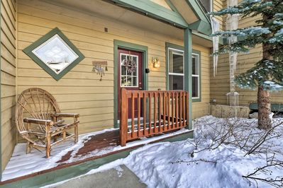 Welcome to your Breckenridge home-away-from-home, with 3 bedrooms & 3 bathrooms!