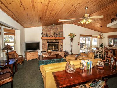 Photo for House 978 m from the center of Big Bear Lake with Parking, Internet, Washing machine, Balcony (983459)
