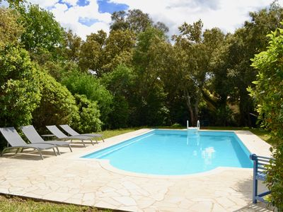Photo for Villa in Grimaud, 200m from the beach and golf course with private heated pool