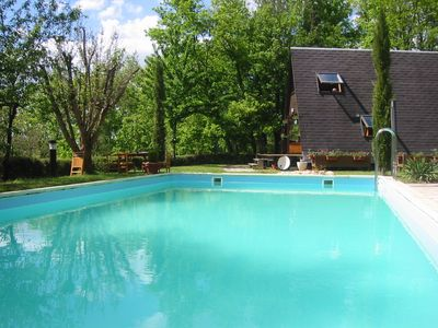 The large pool 5x10m can be covered and heated