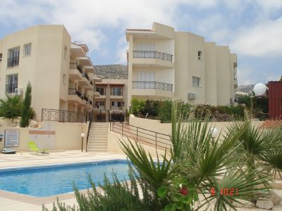 Photo for Spacious townhouse with amazing coastal and mountain views in central Peyia