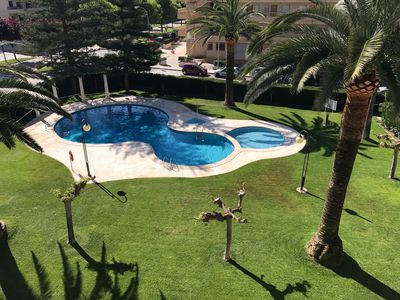Photo for Air-conditioned apartment, pool, 2nd line sea
