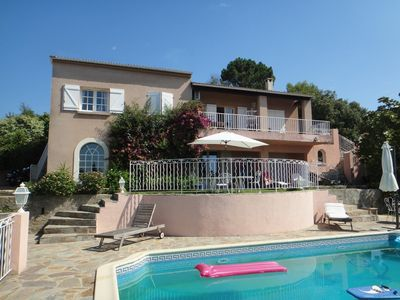 Photo for Nice independent T2 apartment, private pool, close to town and beaches