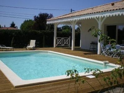Photo for Beautiful Arcachonnaise villa with pool for 6 people