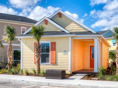 Photo for Lovely Cottage near Disney! Daily Clean, Hotel Amenities, Free Park Shuttle