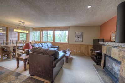 Great space with lots of natural light!