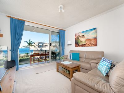 Photo for Vibrant modern unit with Shoal Bay Views