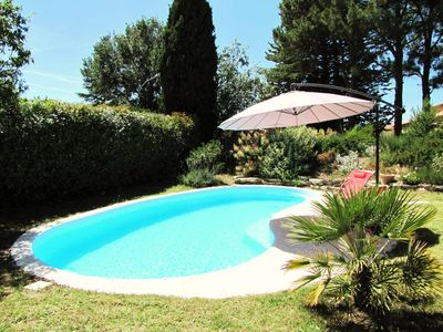 Photo for 4BR Villa Vacation Rental in Pertuis, Provence-Alpes-Côte-D'Azur