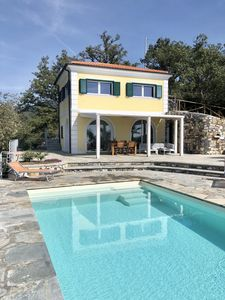 Photo for Fantastic villa with unique sea views and private pool in the olive grove