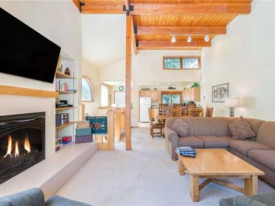Photo for Bright and Airy 3-Bedroom Condo Right on the River