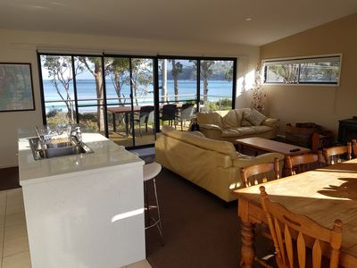 Roaring Beach Retreat - pet friendly
