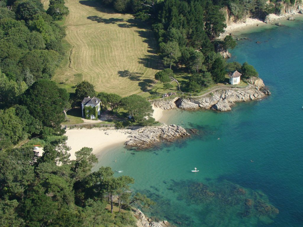 the beach villa direct on the beach in fouesnant beg meil